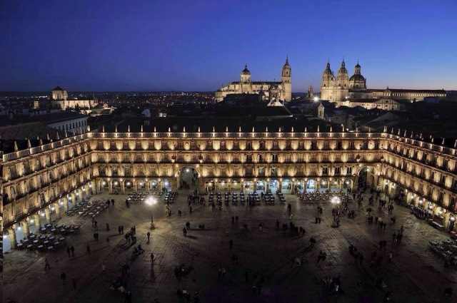 plaza_mayor_catedral.JPG
